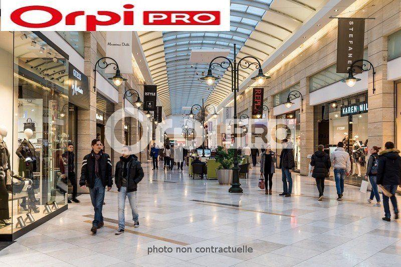 Local commercial à louer 0 91m2 à Saint-Amand-Montrond vignette-1