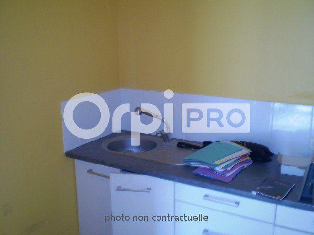 Bureaux à louer 0 286m2 à Reims vignette-2