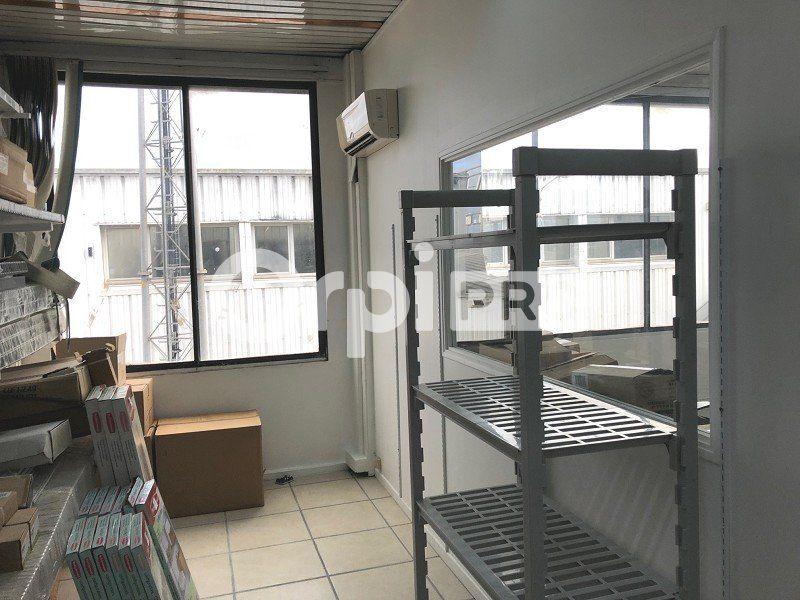 Bureaux à louer 0 65m2 à Lisieux vignette-2