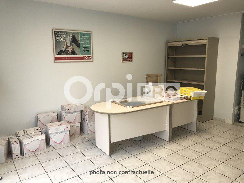 Bureaux à louer 0 70m2 à Limoges vignette-3