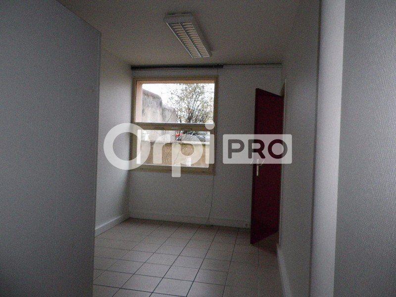 Bureaux à louer 0 60m2 à Saint-Avertin vignette-3
