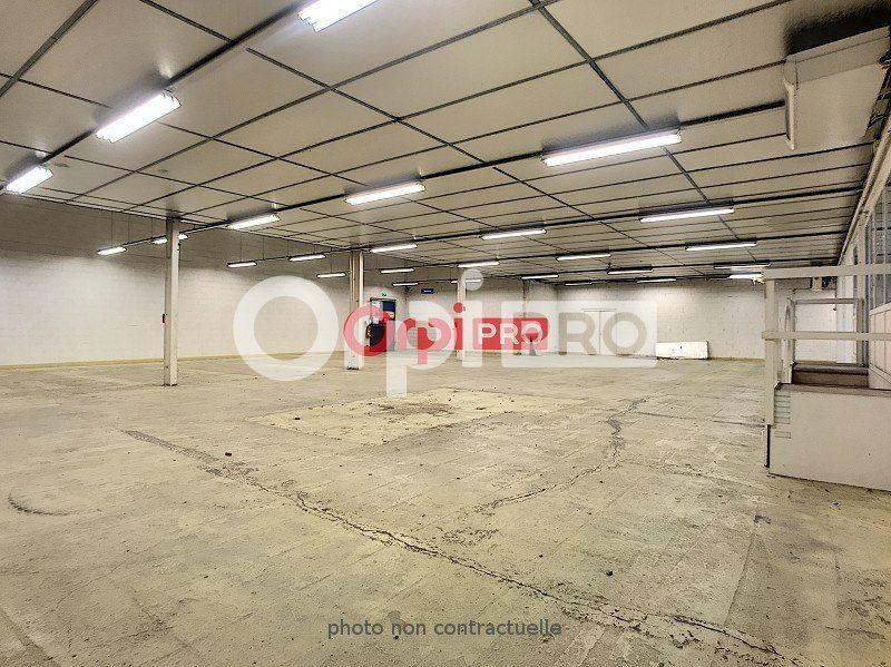 Entrepôt à louer 0 680m2 à Guéret vignette-4