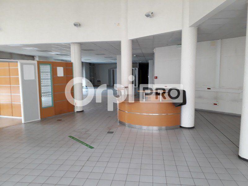 Bureaux à vendre 0 647m2 à Nevers vignette-7