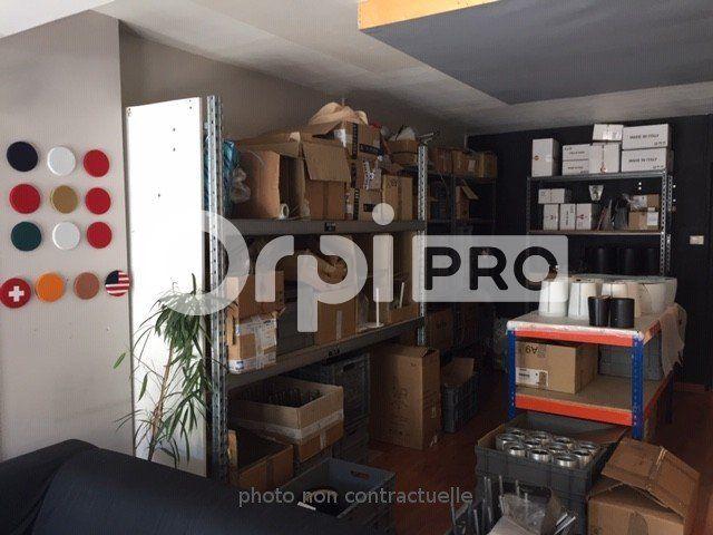 Local commercial à louer 0 80m2 à Lyon 7 vignette-2