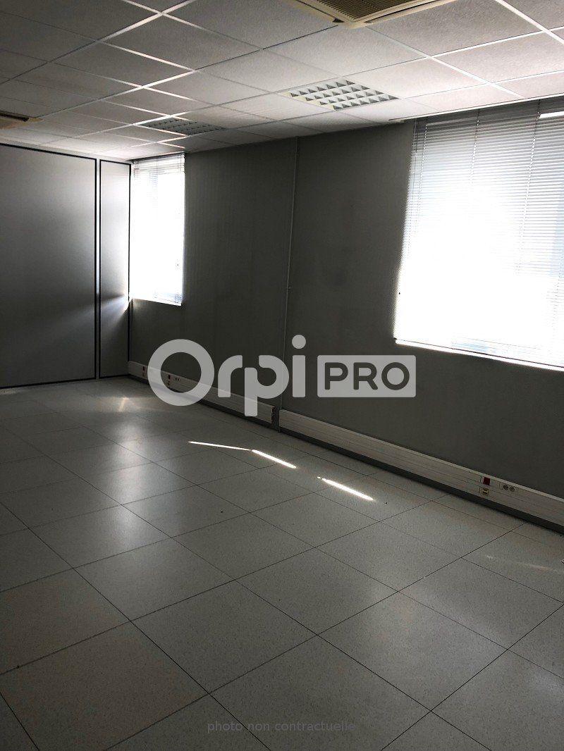 Bureaux à louer 0 153m2 à Reims vignette-2