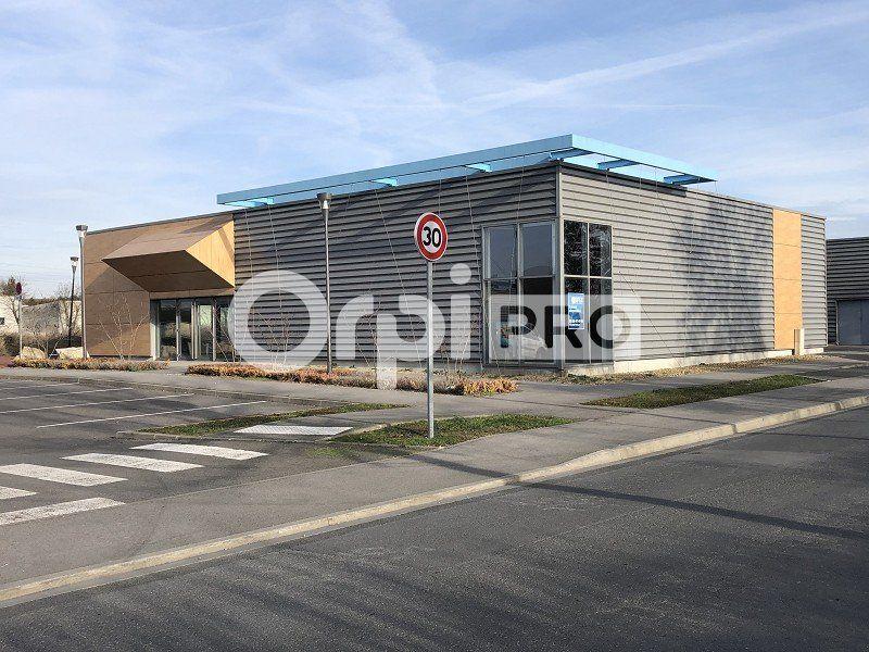 Local commercial à louer 0 415m2 à Reims vignette-2