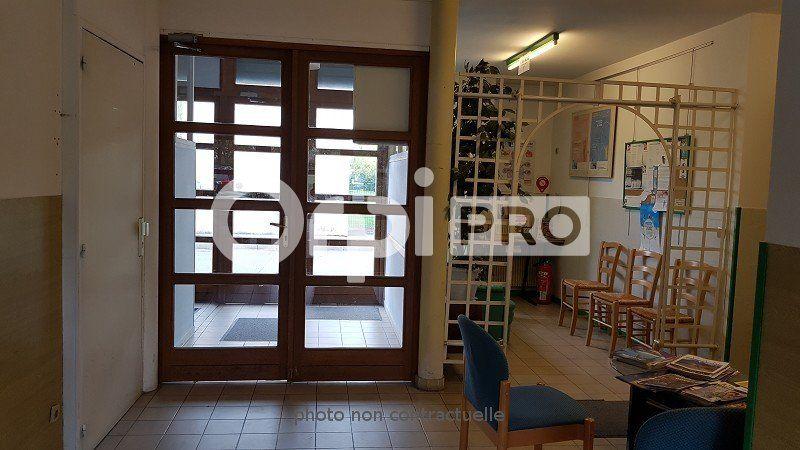 Local d'activité à vendre 0 330m2 à Moissy-Cramayel vignette-6