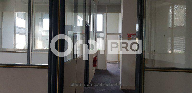 Bureaux à louer 0 105m2 à Sucy-en-Brie vignette-1