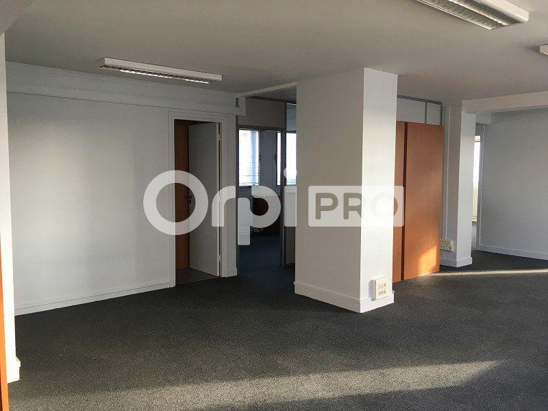 Bureaux à louer 0 125m2 à Le Havre vignette-2