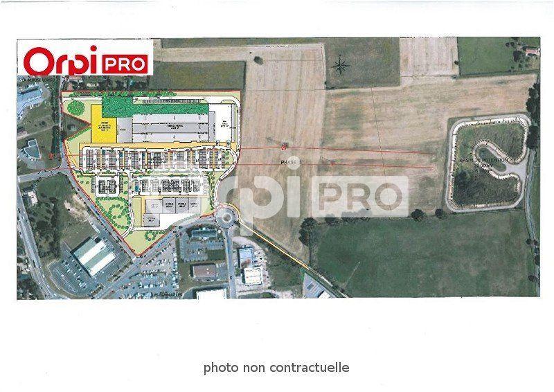 Local commercial à louer 0 587m2 à Varennes-Vauzelles vignette-1