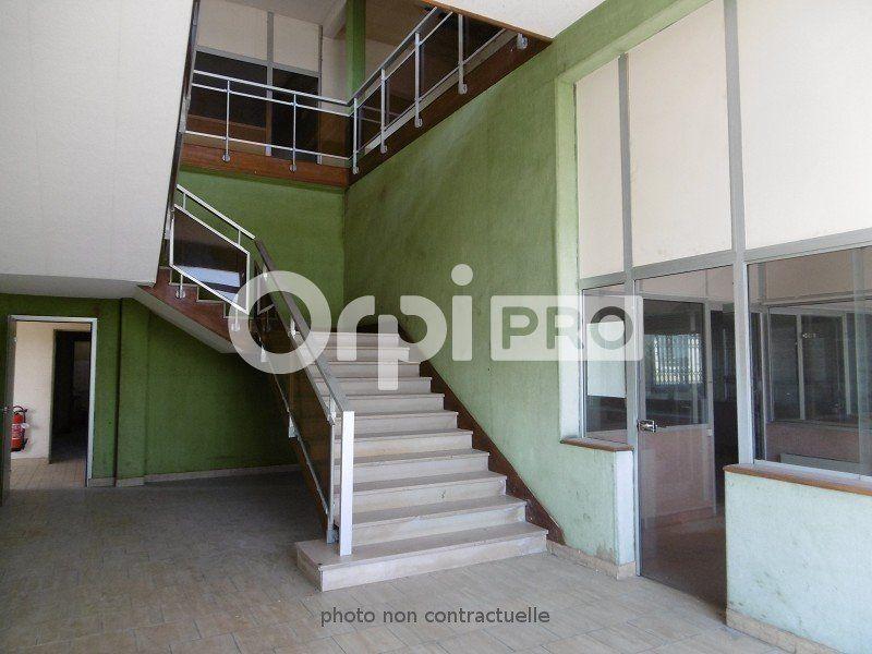 Entrepôt à louer 0 6000m2 à Montauban vignette-8