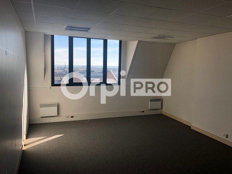 Bureaux à louer 0 120m2 à Reims vignette-3