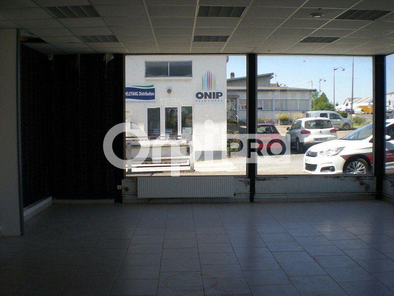 Local commercial à louer 0 572m2 à Bourges vignette-7