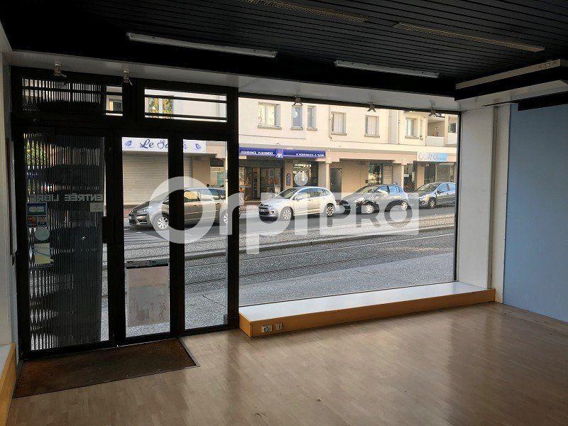 Local commercial à louer 0 34m2 à Joué-lès-Tours vignette-4