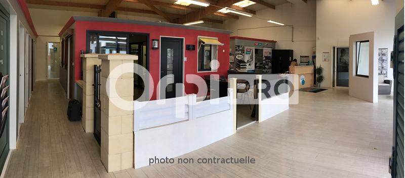 Local d'activité à louer 0 300m2 à Guérande vignette-2