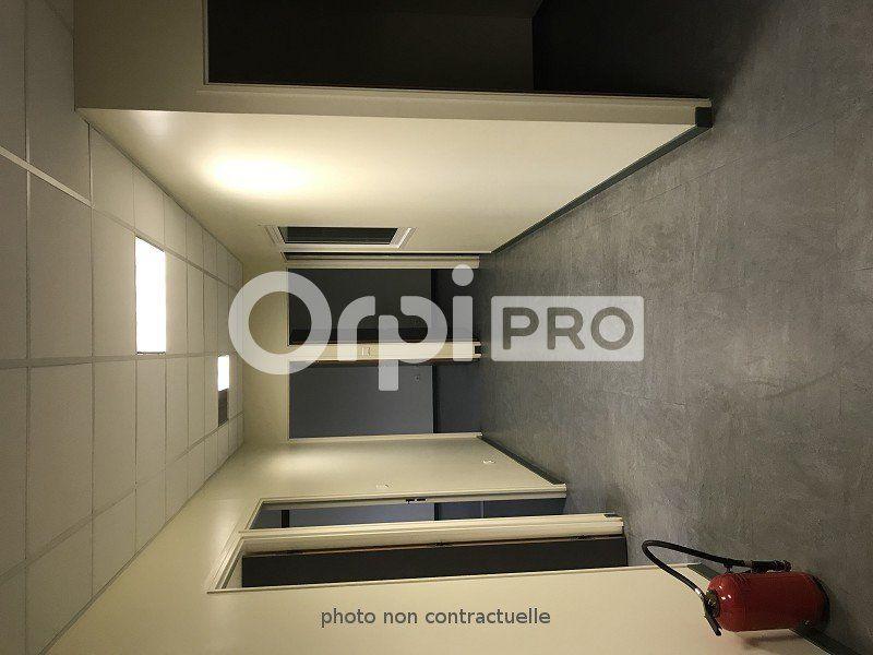 Bureaux à louer 0 110m2 à Le Havre vignette-3