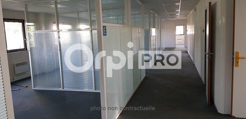 Bureaux à louer 0 342m2 à Rambouillet vignette-5