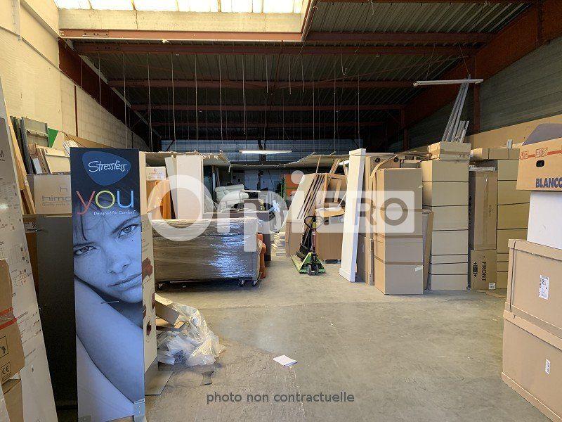 Local commercial à louer 0 272m2 à Beauvais vignette-2