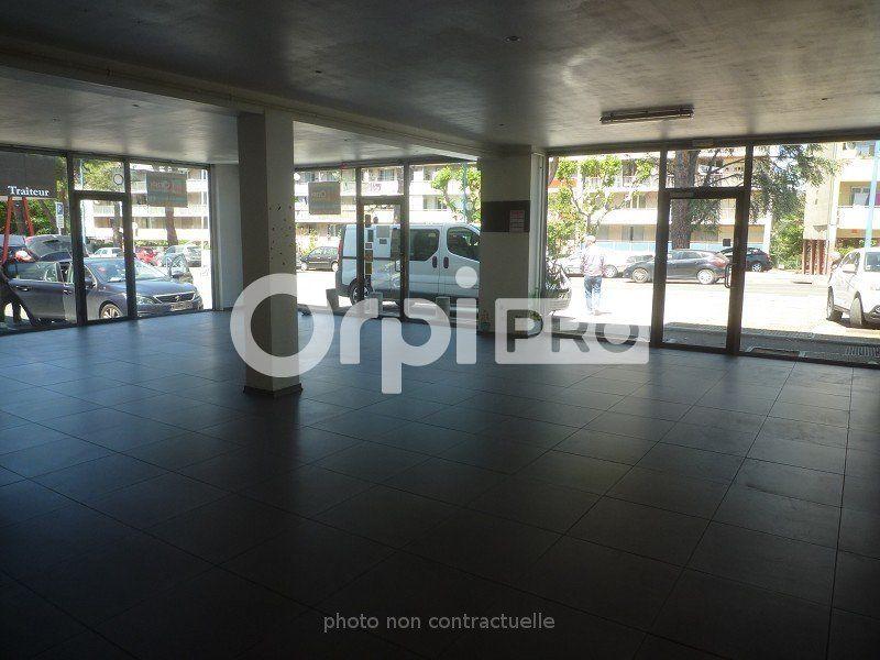 Local commercial à louer 0 150m2 à Manosque vignette-2