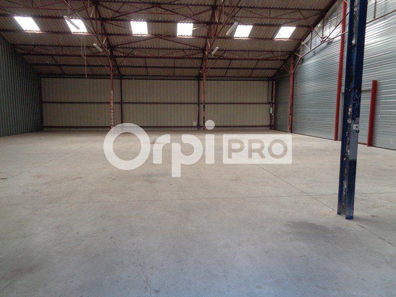 Entrepôt à louer 0 866m2 à Saint-Pierre-des-Corps vignette-8