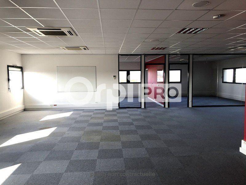 Bureaux à louer 0 217m2 à Saint-Cyr-sur-Loire vignette-2