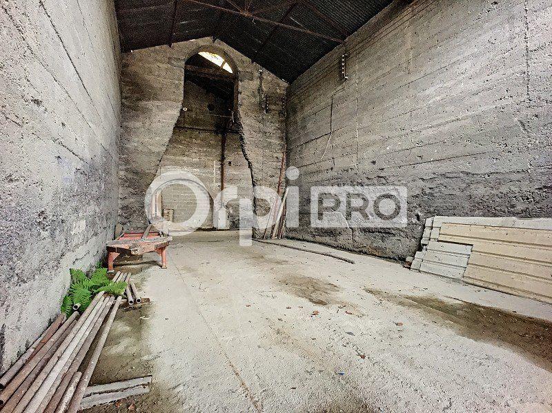 Entrepôt à louer 0 400m2 à Montluçon vignette-2