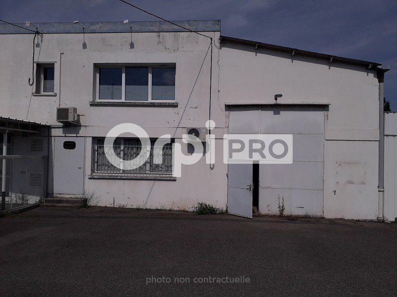 Local d'activité à louer 0 1600m2 à Montluçon vignette-4