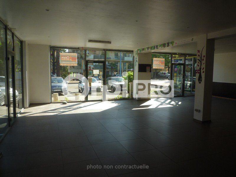 Local commercial à louer 0 150m2 à Manosque vignette-4