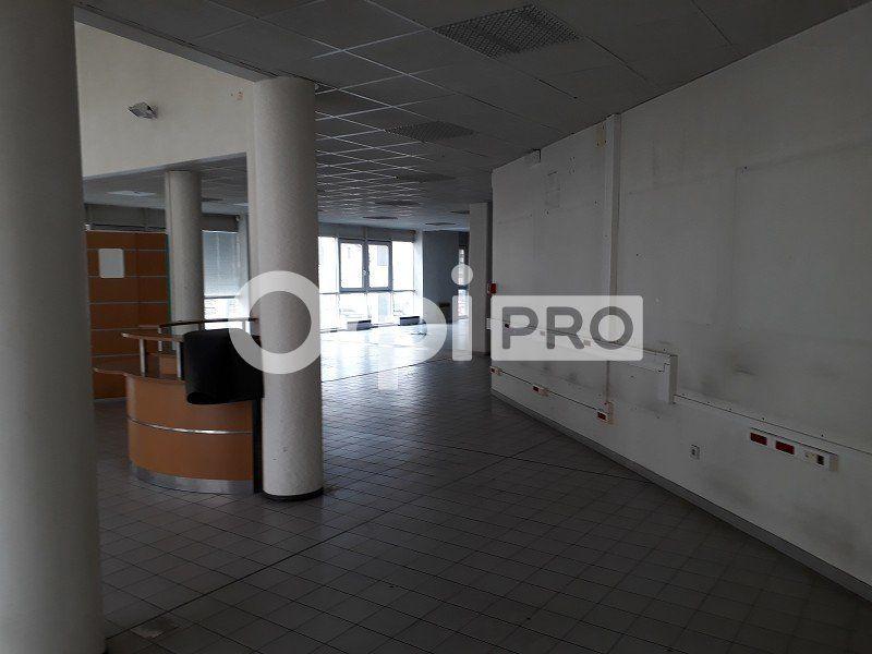 Bureaux à vendre 0 647m2 à Nevers vignette-8
