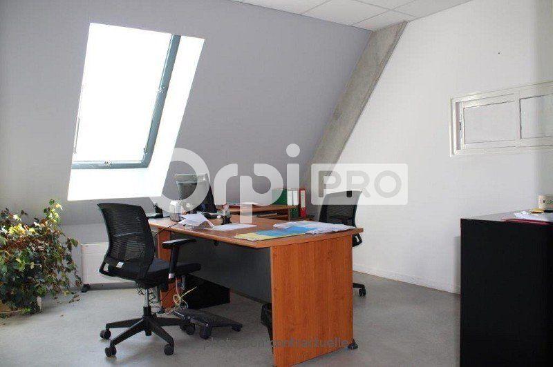 Bureaux à louer 0 584m2 à Pierrelatte vignette-5
