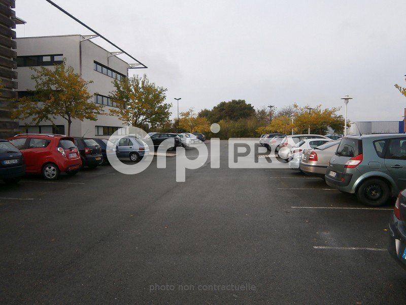 Bureaux à louer 0 217m2 à Saint-Cyr-sur-Loire vignette-5