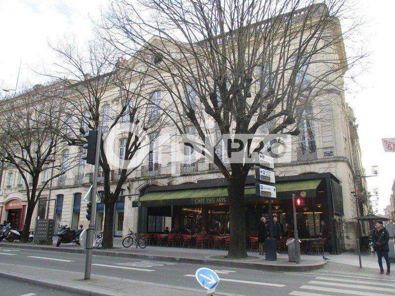 Local commercial à louer 0 233m2 à Bordeaux vignette-2