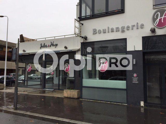 Local commercial à louer 0 281m2 à Lyon 7 vignette-3