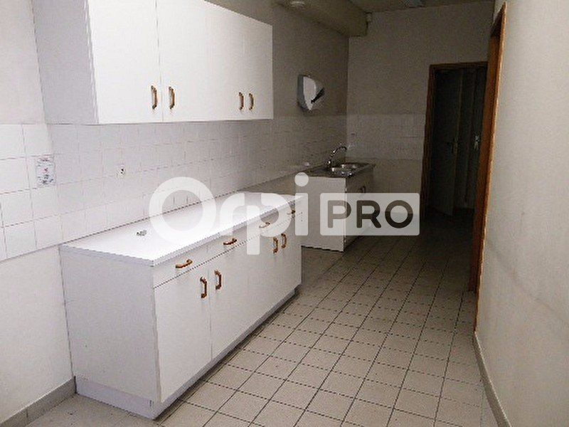 Bureaux à louer 0 207m2 à Saint-Avertin vignette-3