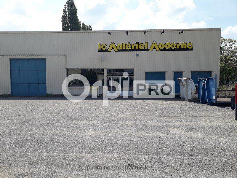 Entrepôt à louer 0 190m2 à Montluçon vignette-2