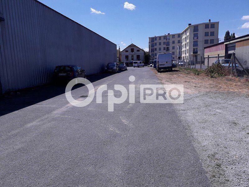 Local d'activité à louer 0 600m2 à Montluçon vignette-4