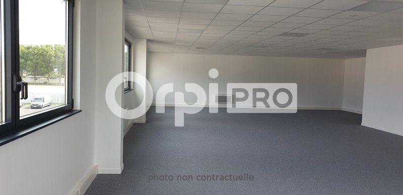 Local d'activité à louer 0 551m2 à Viry-Châtillon vignette-8