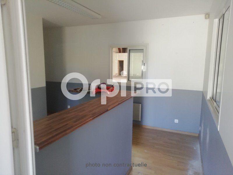 Local d'activité à louer 0 390m2 à Montauban vignette-3