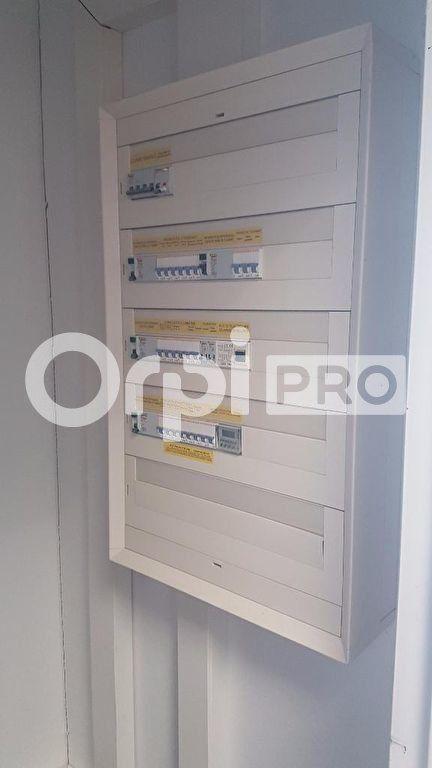 Bureaux à louer 0 184m2 à Vannes vignette-7