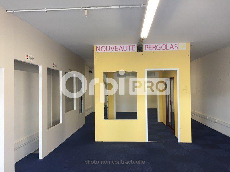 Local commercial à louer 0 106m2 à Beauvais vignette-2