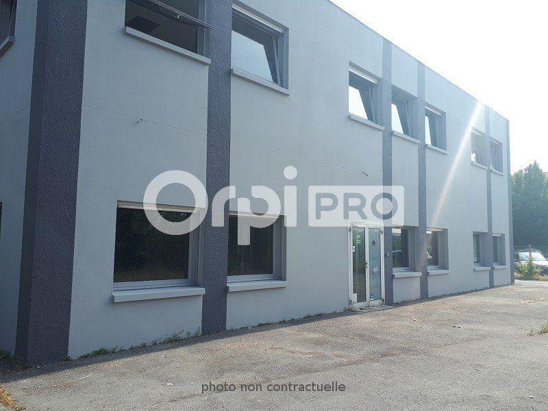 Bureaux à louer 0 305m2 à Compiègne vignette-2