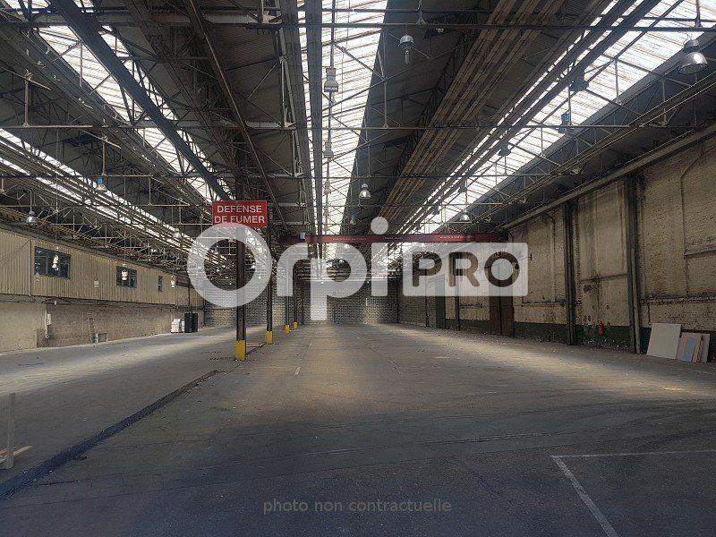 Entrepôt à louer 2450m2 à Le Havre
