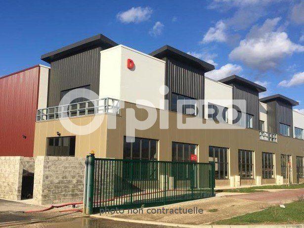 Local d'activité à vendre 398m2 à Saint-Pierre-du-Perray