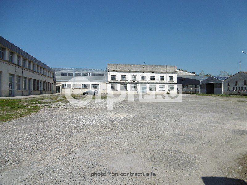 Entrepôt à louer 6000m2 à Montauban