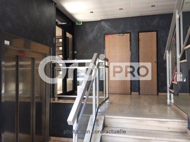 Bureaux à louer 129m2 à Lyon 7
