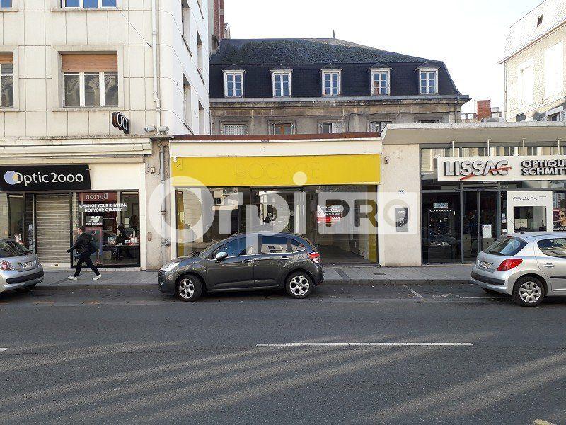 Local commercial à louer 126m2 à Montluçon