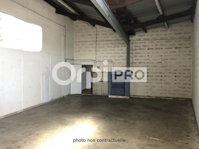 Entrepôt à louer 200m2 à Reims