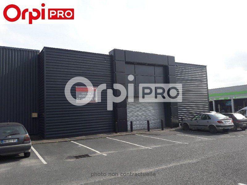 Local commercial à louer 405m2 à Bourges