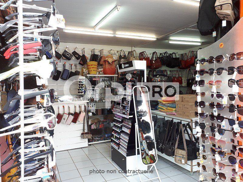 Local commercial à vendre 28m2 à Le Lamentin