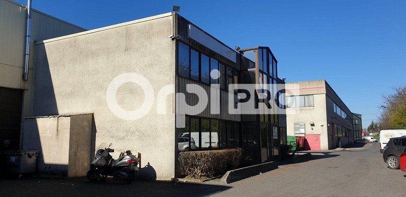 Local d'activité à louer 872m2 à Sucy-en-Brie